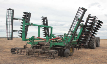 Disc harrow or spring one - which one to choose?